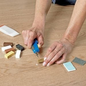 Quick Step herstellingskit / reparatieset voor repareren van deuken/beschadigingen-0